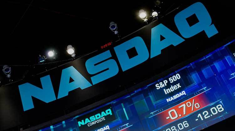 Ceo de Nasdaq, las ICO se aprovechan de pequeños inversores